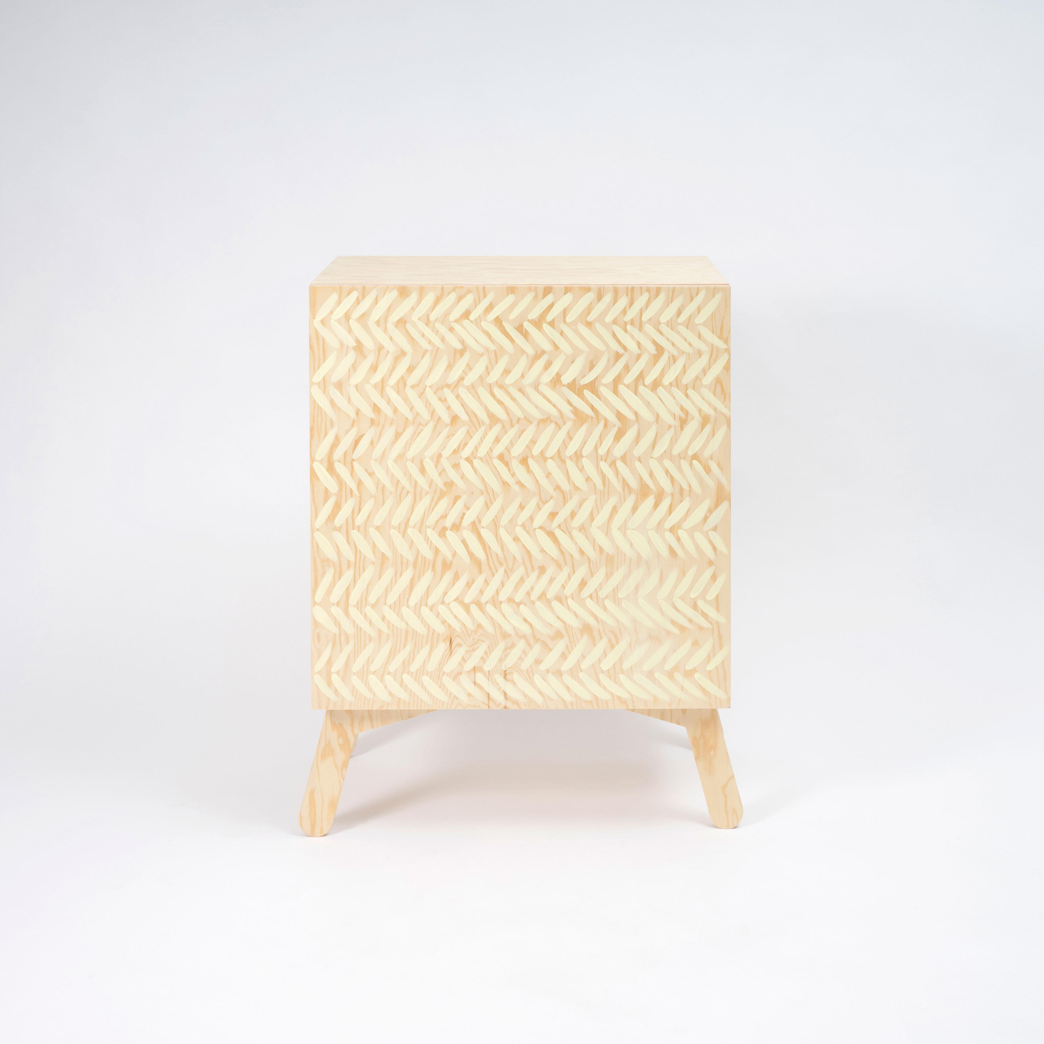 Fishbone cabinet_Ambjorn Viking_lr