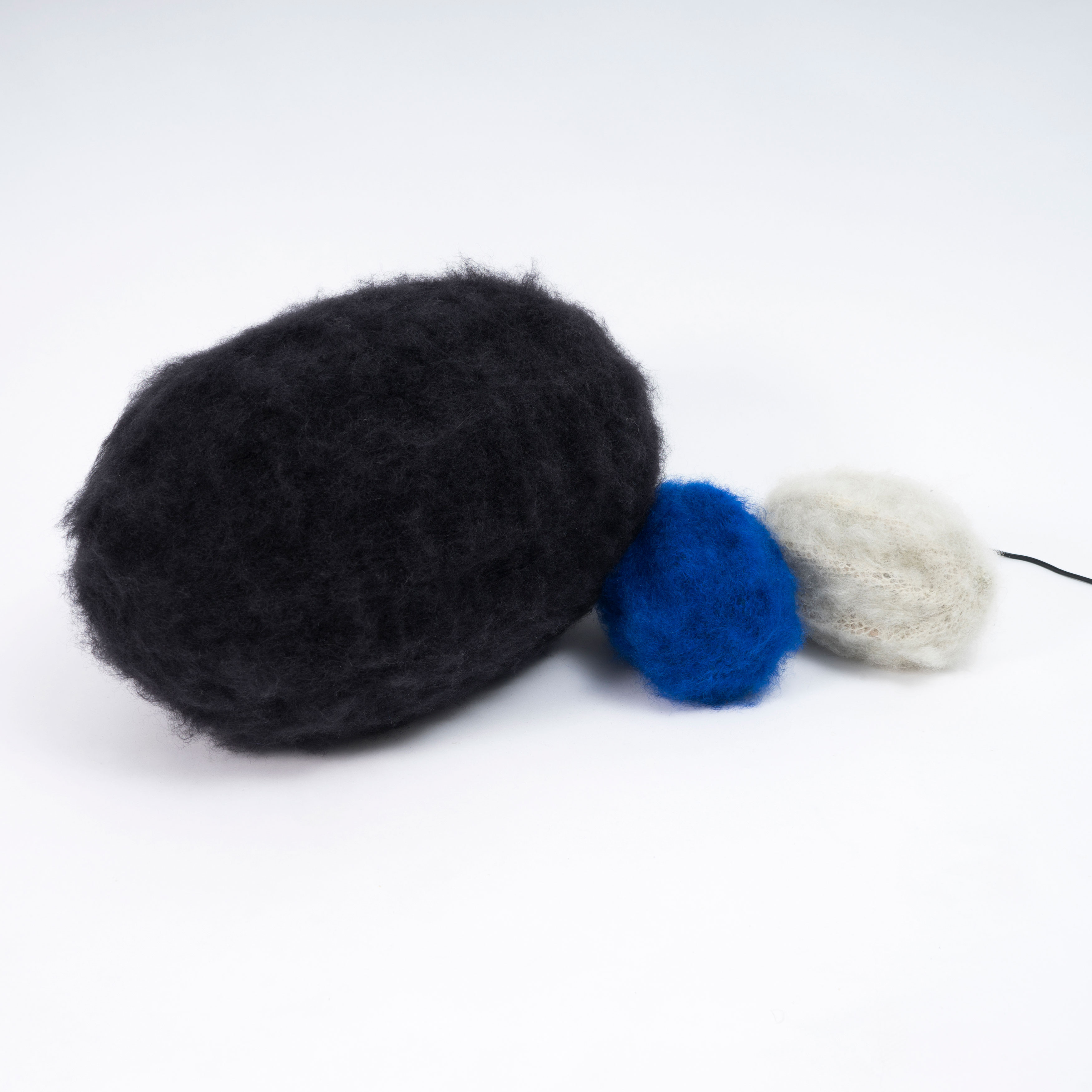 Knitted speaker_02_AmbjornViking_lr
