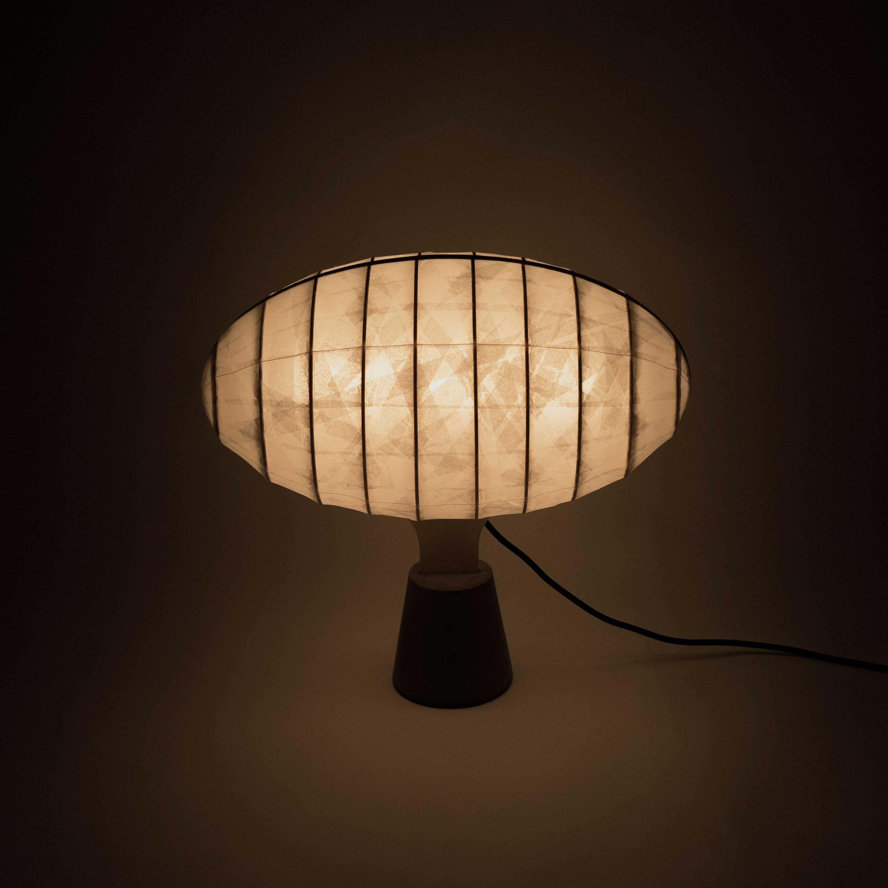 Zeppelin-lamp_02_AmbjornViking_crop